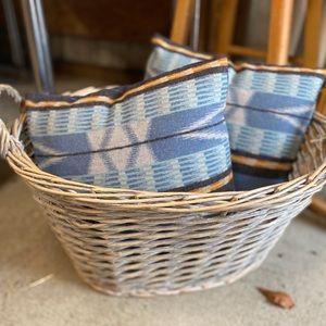 Pendleton Pacific City Blue Throw Pillow Set